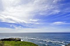 Pacific Ocean Splendor (me2ewe) Tags: oregoncoast oregon pacificcoast yaquinaheadlighthouse yaquina