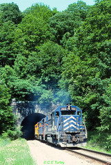 B&P 3102                     6-95 (C E Turley) Tags: railway gp40 bp empiretunnel bo