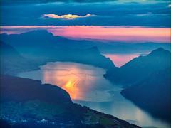 Sonnenuntergang (torremundo) Tags: sonnenuntergang landschaften berge besonderestimmung wolken