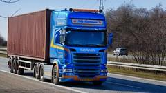 BD60051 (18.04.06, Motorvej 501, Viby J)DSC_4845_Balancer (Lav Ulv) Tags: 245163 container blue villyrasmussen r490 topline 2016 r6 e6 euro6 6x2 scania rseries pgrseries scaniarseries crownedition driverdino truck truckphoto truckspotter traffic trafik verkehr cabover street road strasse vej commercialvehicles erhvervskøretøjer danmark denmark dänemark danishhauliers danskefirmaer danskevognmænd vehicle køretøj aarhus lkw lastbil lastvogn camion vehicule coe danemark danimarca lorry autocarra danoise trækker hauler zugmaschine tractorunit tractor artic articulated semi sattelzug auflieger trailer sattelschlepper vogntog motorway autobahn motorvej vibyj highway hiway autostrada 3axletrailer