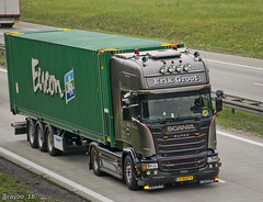 Erik Groot (NL) (Brayoo) Tags: silvergriffin scania v8 limited friendlydriver customized