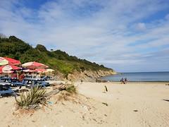 Maenporth, Cornwall. (christianiani) Tags: rugged rocks coastline maenporth beach beautiful sunny falmouth cornwall sea sand sunshine bluesky