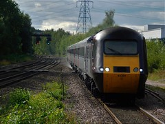 Powering in the sun (The Walsall Spotter) Tags: crosscountrytrains crosscountryhst intercity125 43301 waterortonrailwaystation