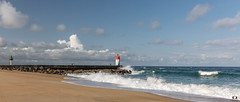 Capbreton ( Landes) (Didier Gozzo) Tags: wawe outdoor canon ngc lightouse phare beach plage sable océan sea mer landes capbreton vague ciel sky eau water