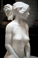 Lost in Thought (dayman1776) Tags: brookgreen gardens south carolina usa america sculptures sculpture statue escultura skulptur nude woman girl figurative art museum modern sony a6000 breasts marble