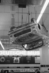 Upside Down Car (Mathias Munkenbeck) Tags: ishootfilm iso400 film filmisnotdead filmisalive analogue analog yashica electro 35gs ilford hp5 city cologne köln deutschland germany