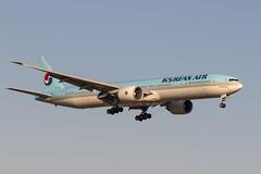 Boeing 777-3B6ER HL7782 Korean Air (msd_aviation) Tags: boeing boeing777 b777 b77w b773 b777300er tripleseven triple7 korean koreanair lebl barcelona elprat airport aviation aviation4u planespotting spotters spotting
