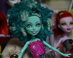 Honey (BKHagar *Kim*) Tags: bkhagar doll monsterhigh honey honeyswamp portrait toy
