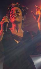 FUEL FANDANGO (Pedrorebo) Tags: cantante concierto girl beatiful colores