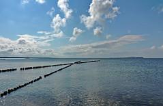 Ostsee impression (Wunderlich, Olga) Tags: ostsee mecklenburgvorpommern wolken inselhiddensee dranske rügen naturaufnahme landschaftsaufnahme holzbuhnen x