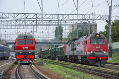 Russian Diesel Power (Richard Hagues Photography) Tags: saratov freight train rzd russia moscow trains diesel 2te25km 0232 tep70bs 130 pass 1 2 3 4 5 6 7 8 9 10