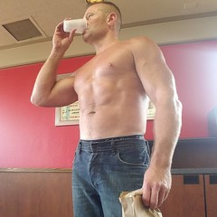 fast food (ddman_70) Tags: shirtless pecs abs muscle jeans fastfood restaurant