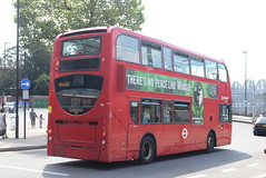 AL T18 @ West Croydon bus station (ianjpoole) Tags: arriva london alexander dennis enviro 400 lj08cvo t18 working route 198 shrublands bramble close spring park talbot road thornton heath