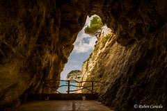 El mirador (Rubenuco) Tags: calagaldana mirador mar gruta mediterráneo menorca rubéncaneda ngc españa baleares islasbaleares