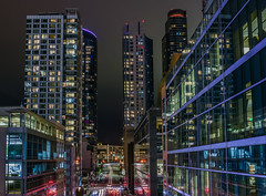 fremont canyon (pbo31) Tags: sanfrancisco california night dark color nikon d810 august summer 2018 boury pbo31 financialdistrictsouth city urban transit center salesforce lightstream motion traffic roadway fremontstreet over infinity contemporary architecture skyline rinconhill black