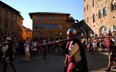 Il balestriere (Volterra) (stella.iloveyou) Tags: volterra volterraad1398 historicalreenactment rievocazionimedievali rievocazionistoriche