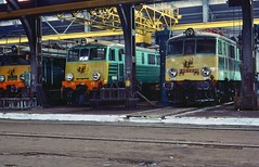ZNTK Olesnica PKP  |  1991 (keithwilde152) Tags: pkp zntk olesnica workshops eu07 electric locomotives repair bays traverser building architecture 1991