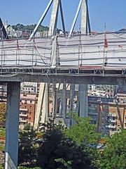 18082221246bersezio (coundown) Tags: genova crollo ponte morandi pontemorandi catastrofe bridge stralli impalcato piloni vvf autostrada