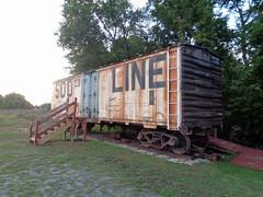 New potato car ladder (M.R.Kirk) Tags: waupaca depot potato car train sooline restore work