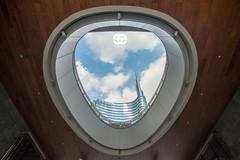 Milan Unicredit (Saioa Elizondo) Tags: milan milano italy italia hole perspective perspectiva saioaelizondo unicredit architecture arquitectura nikon nikonista nikonitas nikon7200 nikonphotography nikonflickraward nikoneurope skyscraper