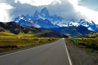 Caminos,monte Fitz Roy,el Chalten,patagonia Argentina !!