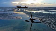 Jericoacoara (sileneandrade10) Tags: sileneandrade jericoacoara praiadejericoara pôrdosol praia paisagem viagem turismo samsungsmg930f samsung âncora espelho reflexo