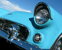 Ford Thunderbird (Sandra Leidholdt) Tags: ford thunderbird convertible turquoise denver colorado car automobile classic sandraleidholdt us american front headlight grill bumper tbird