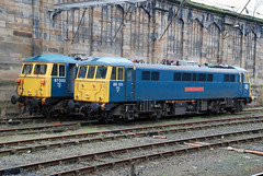 86101 87002 Carlisle (British Rail 1980s and 1990s) Tags: train rail railway loco locomotive lmr londonmidlandregion mainline wcml westcoastmainline livery liveried traction electric br ac britishrail ee englishelectric al6 86 class86 blue station 87 class87