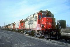 SOO GP30 709 (Chuck Zeiler) Tags: soo gp30 709 railroad emd locomotive bensenville train chuckzeiler chz