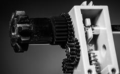 gear (MAICN) Tags: nahaufnahme bw gear blackwhite monochrome macro macromonday schwarzweis macromondays mono makro einfarbig sw 2018 mm