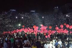 Concerto Claudio Baglioni  in Arena di Verona (maresaDOs) Tags: verona arena veneto musica music tour 50 settembre baglioni claudiobaglioni arenadiverona finale palloncini rosso red fantastico scenografia balão balloon globo
