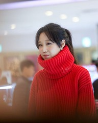 gong-hyo-jin64 (zo1kmeister) Tags: turtleneck sweater chinpusher