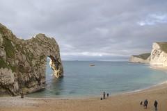 Durdle Door (Tony Shertila) Tags: england gbr geo:lat=5062161534 geo:lon=227638006 geotagged unitedkingdom westlulworth 20161026114450lulworthdurdledoor1pm europe coast geology rocks beach bay britain dorset durdledoor arch