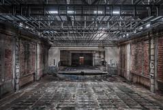 (bananahh) Tags: leer leerstehend verlassen verfall alt abandoned decay derelict urbanexploration