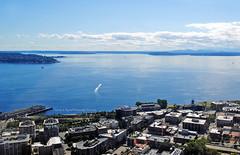 Seattle Elliott Bay, Puget Sound. (Infinity & Beyond Photography: Kev Cook) Tags: seattle elliott bay pugetsound landscape water views hills city