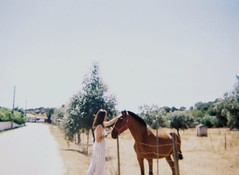 (a_valentim) Tags: analog family kodak200 monsaraz horse