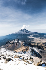 El Popocatépetl (julien.ginefri) Tags: iztaccihuatl iztaccíhuatl mexique méxico popocatepetl america latinamerica mexico montagne montaña mountain nature volcan volcano vulcano