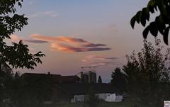 Kirchlindach Hof (auschmid) Tags: auschmid leicam10 aposummicron75 kirchlindach morgenstimmung wolken natur licht schatten silhouette aussicht