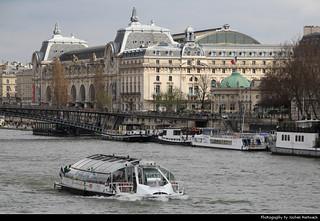 Musée d'Orsay & Seine seen from Pont de la Concorde, Paris, France