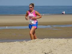 DSC09008 (corradookp) Tags: kustloop vrouwenpolder strand oostkapelle running beach run