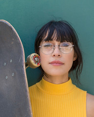 Myriah (J Trav) Tags: grlswirl skateboarding portrait venice california female yellow skateboarder skateboard glasses