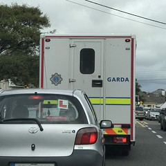 Stuck In Traffic - Police Prisoner Transport Van - Irish Police / An Garda Siochana (firehouse.ie) Tags: fourgon vehicules vehicule lawenforcement eire custodyvan prisonertransport prisoner ford ireland vehicles vehicle cops cop theguards angardasiochana ags guards gardai garda polizeiauto polizeiwagen polizei polizia politie politi polis policja policia police