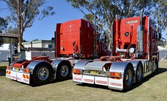 Armytage (quarterdeck888) Tags: trucks truckies transport australianroadtransport roadtransport lorry primemover bigrig overtheroad class8 heavyvehicle highway road truckphotos nikon d7100 movingtrucks jerilderietrucks jerilderietruckphotos quarterdeck frosty expressfreight generalfreight logistics overnightfreight highwayphotos semitrailer semis semi flickr flickrphotos truckshow workingtrucks countryshow showandshine deniliquin denilquintruckshow deniliquintruckshow2018 australiantruckshows 2018truckshows armytage t609 k200 redtrucks kenworth