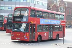 GAL 952 @ West Croydon bus station (ianjpoole) Tags: goahead london metrobus scania n230ud omnidekka yn07exo 952 working route 405 west croydon bus station redhill