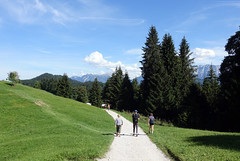 2018-09-09 Garmisch-Partenkirchen 057 (Allie_Caulfield) Tags: foto photo image picture bild flickr high resolution hires jpg jpeg geotagged geo stockphoto cc sony rx100 summer sommer bayern alpen bavaria garmisch partenkirchen eckbauer alm partnachklamm wetterstein zugspitze gebirge bergbahn seilbahn wandern wanderung iv