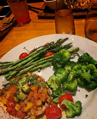 Yummy Mango Chicken 14 (LarryJay99 ) Tags: food mangochicken chilis palmsprings iphone7plus iphone7 stuffontables greens asparagus broccoli whitewine tabletops florida eats plated