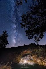 """""""Cascada Nocturna"""" (mariajoseuriospastor) Tags: ciudadreal albacete efectoseda cascada nocturna lagunasderuidera víaláctea"""