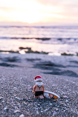 Santa on holidays (Ballou34) Tags: 2017 7dmark2 7dmarkii 7d2 7dii afol ballou34 canon canon7dmarkii canon7dii eos eos7dmarkii eos7d2 eos7dii flickr lego legographer legography minifigures photography stuckinplastic toy toyphotography toys stuck in plastic santa christmas holidays sand beach surf water sea surfboard pitonsaintleu saintpaul réunion re