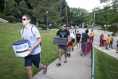 MC_Move-in_2018_0140 (CarnegieMellonU) Tags: mc orientation moveinday august182018 students campus diversity studentlife studentactivities family welcome movein pittsburgh pennsylvania usa