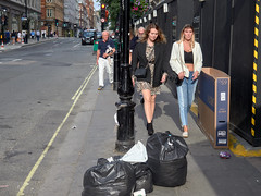 Wigmore Street. 20180818T16-25-15Z (fitzrovialitter) Tags: peterfoster fitzrovialitter city camden westminster streets rubbish litter dumping flytipping trash garbage urban street environment london fitzrovia streetphotography documentary authenticstreet reportage photojournalism editorial captureone olympusem1markii mzuiko 1240mmpro microfourthirds mft m43 μ43 μft geotagged oitrack exiftool candid portrait girl streetportrait linearresponse